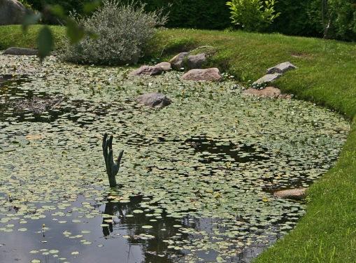 Steinberg Garden hand Montreal PPA 7-18-06 crop 2